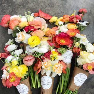 poppy&ranunc spring bouquet